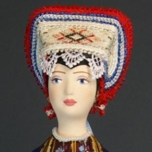 Куклы в этнографических костюмах